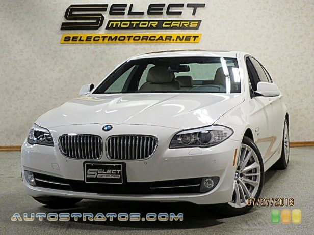 2012 BMW 5 Series 550i xDrive Sedan 4.4 Liter DI TwinPower Turbocharged DOHC 32-Valve VVT V8 8 Speed Steptronic Automatic