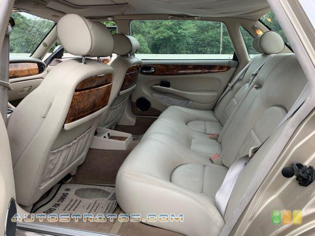 2000 Jaguar XJ Vanden Plas 4.0 Liter DOHC 32-Valve V8 5 Speed Automatic