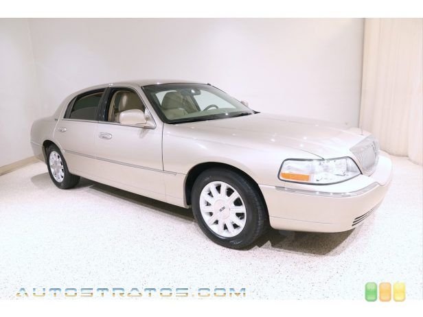 2011 Lincoln Town Car Signature Limited 4.6 Liter Flex-Fuel SOHC 16-Valve V8 4 Speed Automatic