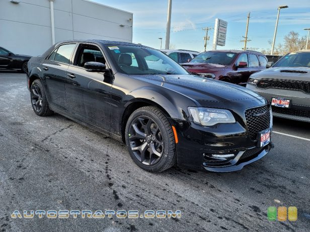 2021 Chrysler 300 S 5.7 Liter HEMI OHV 16-Valve VVT V8 8 Speed Automatic