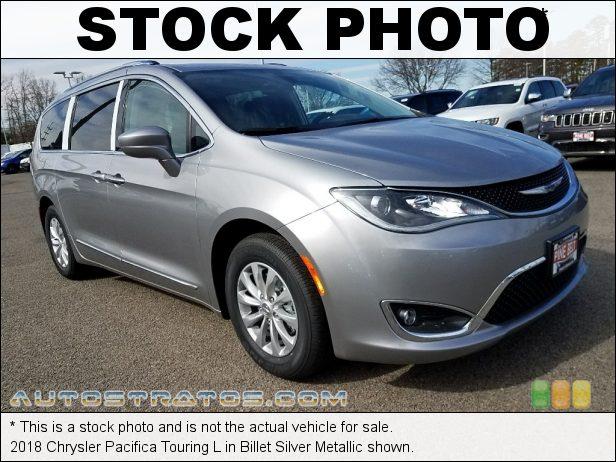 Stock photo for this 2018 Chrysler Pacifica Touring L 3.6 Liter DOHC 24-Valve VVT Pentastar V6 9 Speed Automatic