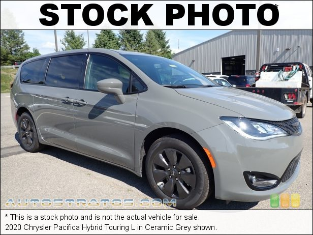 Stock photo for this 2020 Chrysler Pacifica Hybrid Touring 3.6 Liter DOHC 24-Valve VVT V6 Gasoline/Electric Hybrid EFlite EVT Automatic