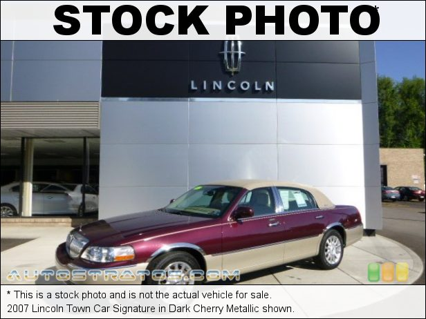 Stock photo for this 2007 Lincoln Town Car Signature 4.6 Liter SOHC 16-Valve V8 4 Speed Automatic